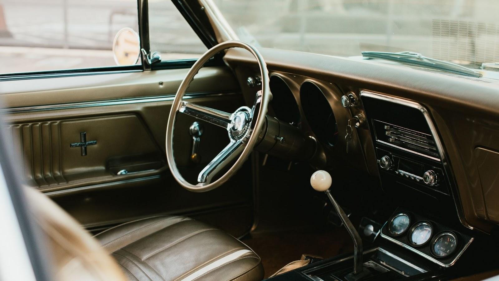 1967 black panthers Vintage Car